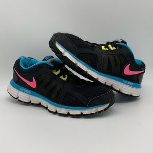 Nike Dual Fusion ST 2 Shoes Size 5 Youth